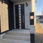 門柱と駐車スペースの施工例【新築外構 O様邸】